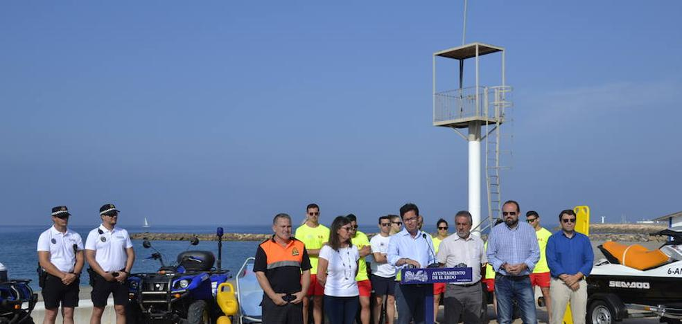 La costa ejidense está incluida entre los destinos turísticos accesibles de Almería