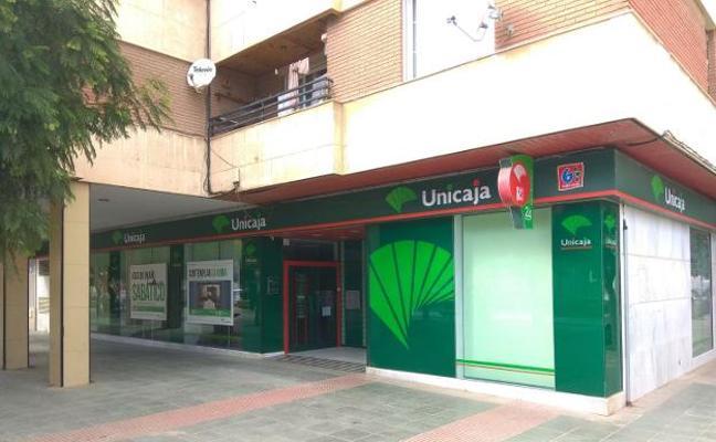 Buscan al atracador de una sucursal bancaria en El Ejido con una pistola de fogueo