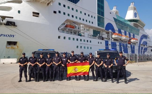 Un total de doce agentes de la Policía Nacional en El Ejido parten a Cataluña