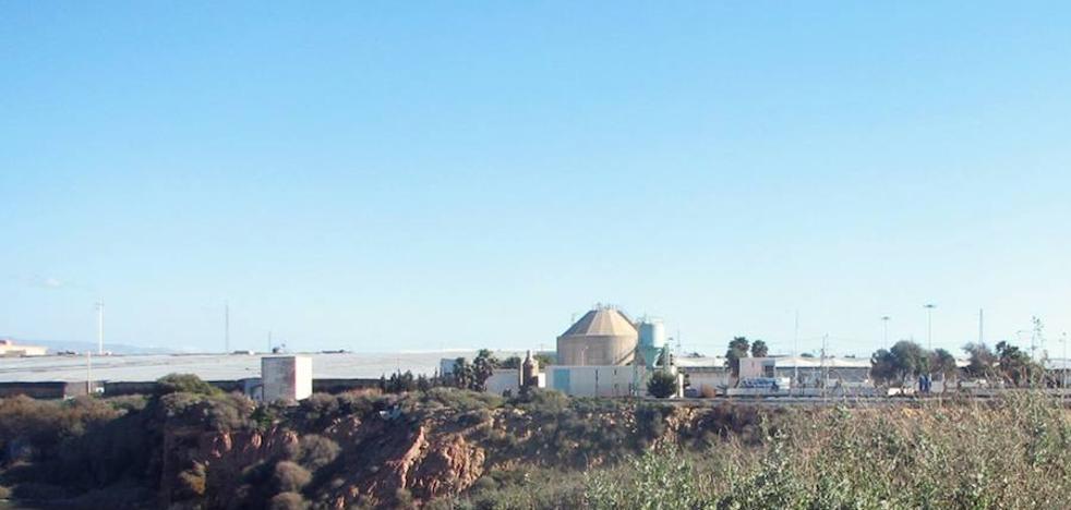 La Junta autoriza reutilizar agua depurada de la EDAR de El Ejido para tratamiento terciario