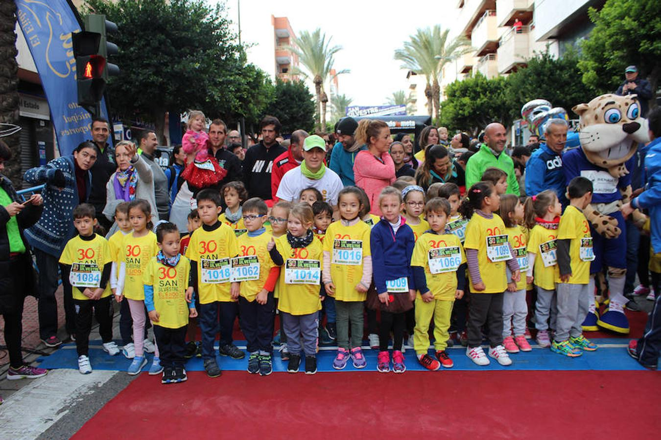 400 pequeños participan en la San Silvestre ejidense