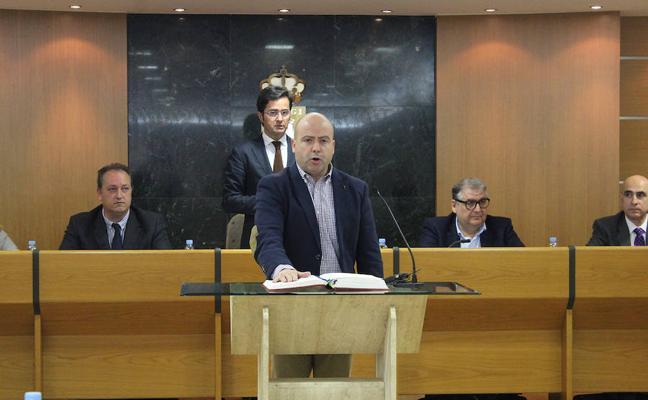Jesús Parrilla toma posesión como nuevo concejal del grupo municipal socialista