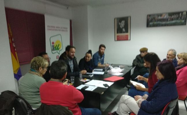 IU apoya los actos de la Asociación Miguel Hernández de Balerma por el Día de Andalucía