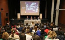 La nueva convocatoria del programa 'Sé + Digital' se presenta en El Ejido