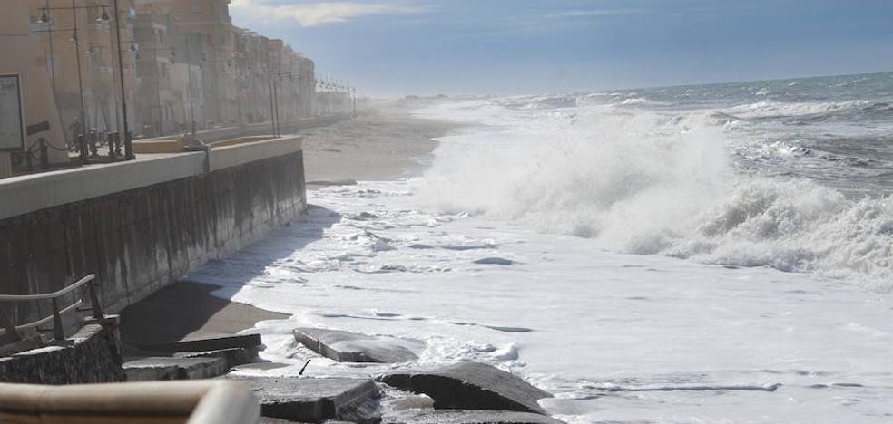 El PSOE exige una solución definitiva para las playas de Guardias Viejas y Balerma