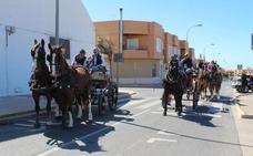 Cerca de 150 equinos y 16 carruajes participan en el 'Día del Caballo'