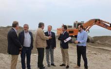 Comienzan los trabajos de emergencia en las playas de Balerma y Almerimar