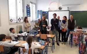 Los alumnos del colegio Miguel Servet abandonarán las aulas prefabricadas