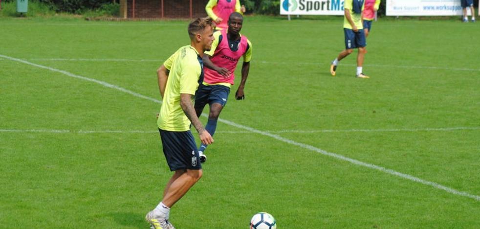 El Granada empata a tres con el Almere en su estreno en pretemporada