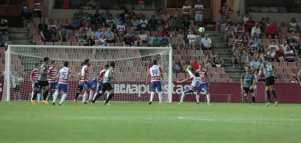 El partido ante el Málaga muestra el que apunta a ser el primer once