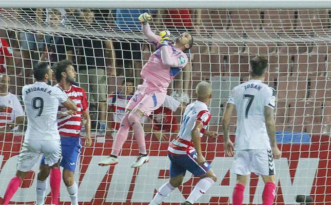"""Javi Varas: """"Joselu marcará muchos goles para el Granada"""""""