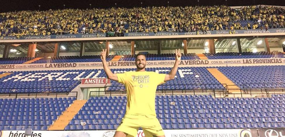 """Servando, del Cádiz, dice que """"es inevitable que esté pendiente del Granada CF"""", donde juega su hermano Germán"""
