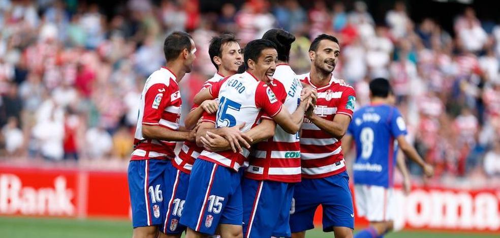 El Granada se hace con la victoria en casa