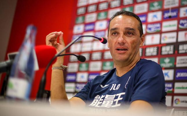 """José Luis Oltra: """"No me doy por satisfecho pero el punto tenemos que darlo por bueno"""""""