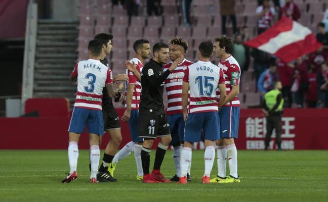 Ramos entrena al mismo ritmo que la mayoría de titulares ante el Huesca