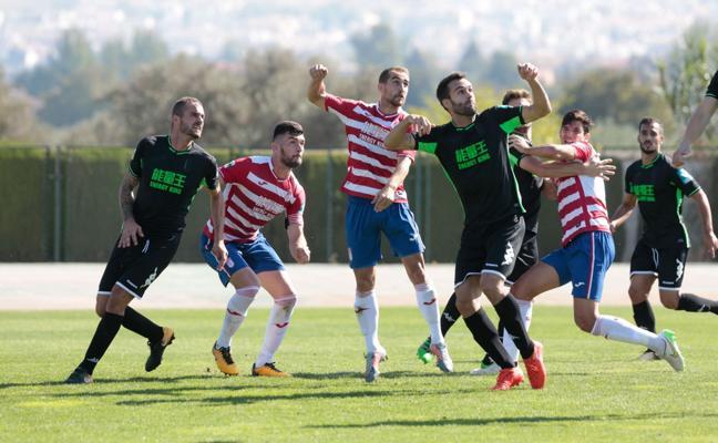 Empate a nada entre el Granada B y el Ejido 2012