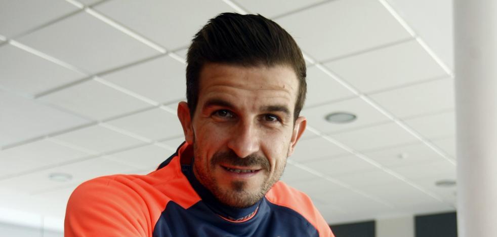 «Espero no colgar los guantes antes de conseguir un ascenso a Primera»