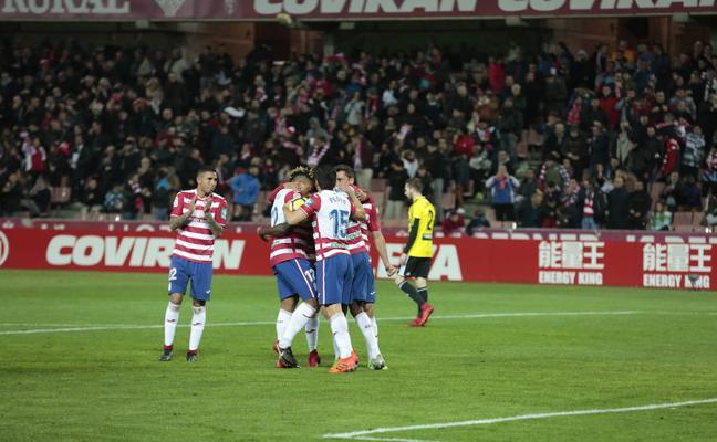 """Álex Martínez: """"Tenemos que mejorar inmediatamente nuestra defensa en jugadas a balón parado"""""""