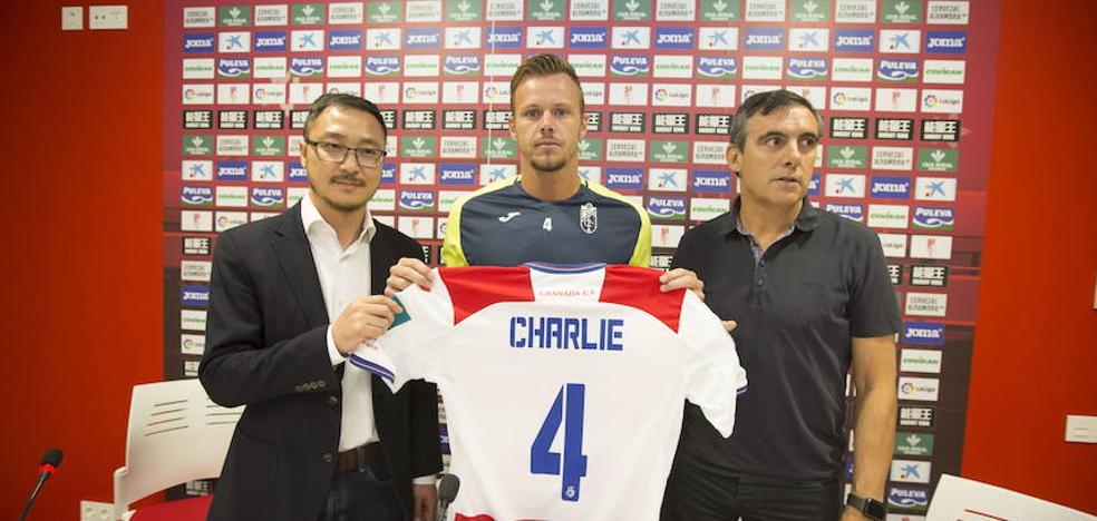 Charlie Dean se irá al Murcia