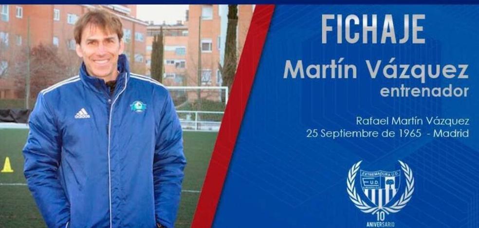Martín Vázquez estrenará su cargo como entrenador del Extremadura ante el Granada B