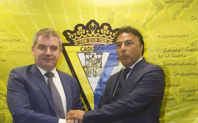 El Granada declara hoy y Pina quiere recuperar plaza en Cádiz