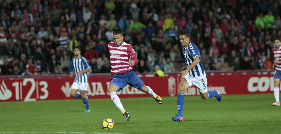 División entre la afición sobre qué delantero debería jugar ante Osasuna