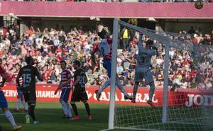 El Huesca se distancia a seis puntos del Granada
