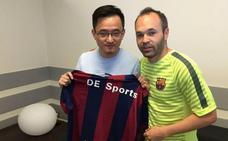 Andrés Iniesta fichará por el Chonqing Lifan de John Jiang, el presidente del Granada