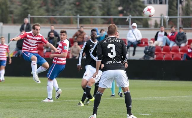 El Granada B podrá soñar con jugar el 'play off' si gana en Écija