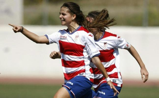 El Granada despide la temporada con una 'manita' reconfortante