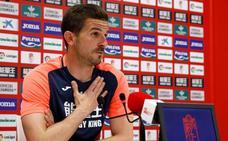 «En los tres partidos que quedan tenemos que mostrar dignidad, profesionalismo»