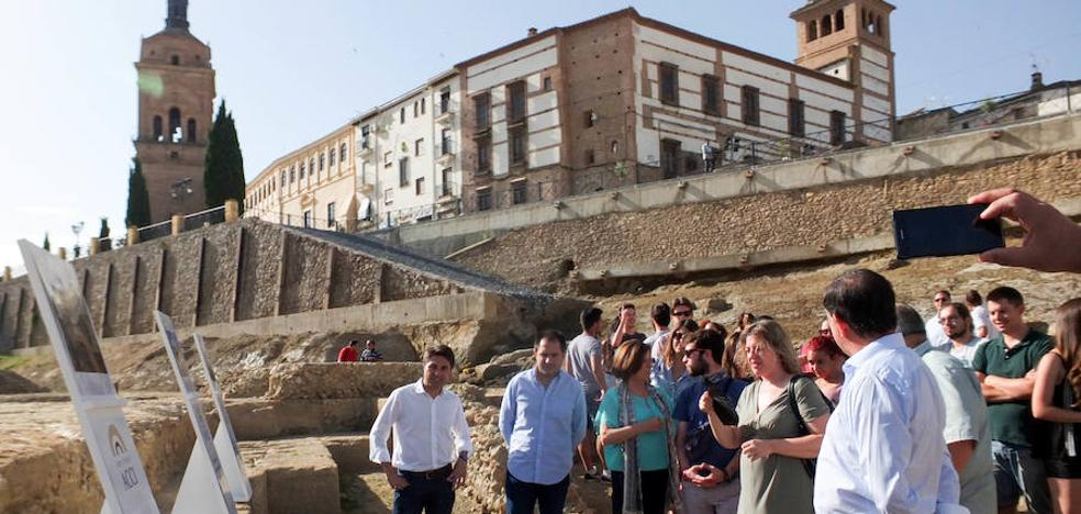 Encuentran la puerta oriental de los jardines del Teatro Romano