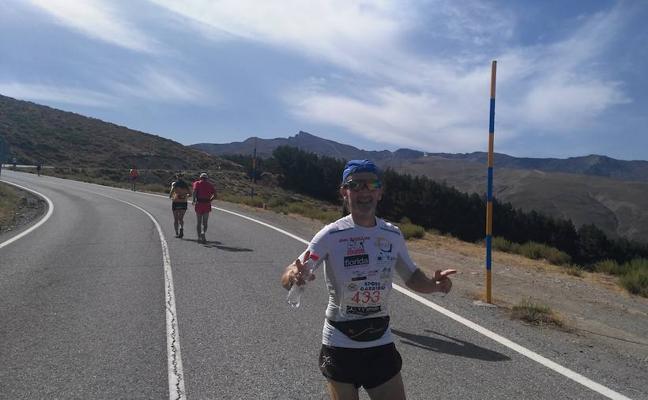 El Ayuntamiento felicita al accitano Manuel Romero por su papel en la Subida Internacional Granada al Pico Veleta
