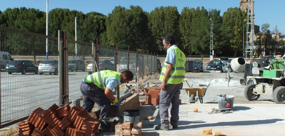 El Ayuntamiento trabaja en la habilitación de un aparcamiento de caravanas y autocaravanas