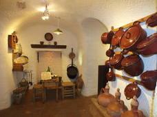 La autora de guías turísticas Rozenn Le Roux visita Guadix