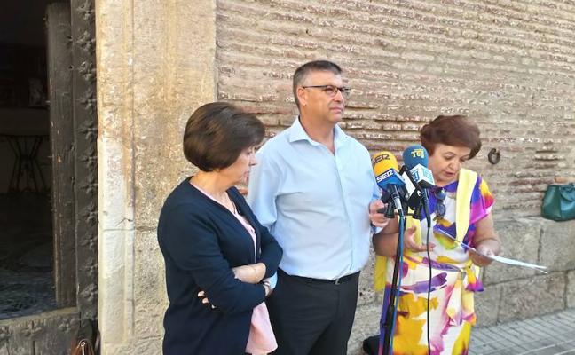 """El PP acusa al equipo de gobierno del PSOE de """"desmantelar"""" el Ayuntamiento de Guadix"""