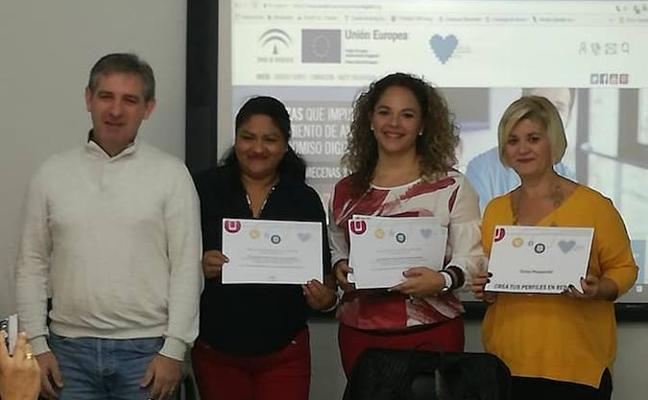 Clausura del curso sobre creación de perfiles en redes sociales para personas desempleadas