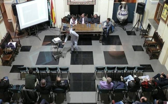 """La Alcazaba seguirá el modelo del Teatro Romano """"Abierto por obras"""""""