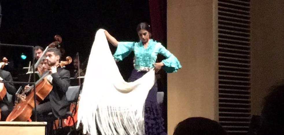 El Conservatorio celebra el Día Internacional del Flamenco con un taller explicativo acompañado de baile en directo
