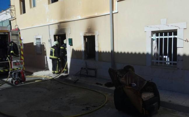 Un herido en el incendio de su casa en Pedro Martínez