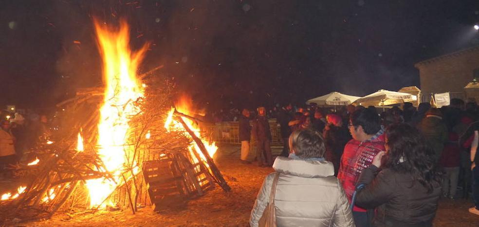 Guadix quema las barbas a San Antón