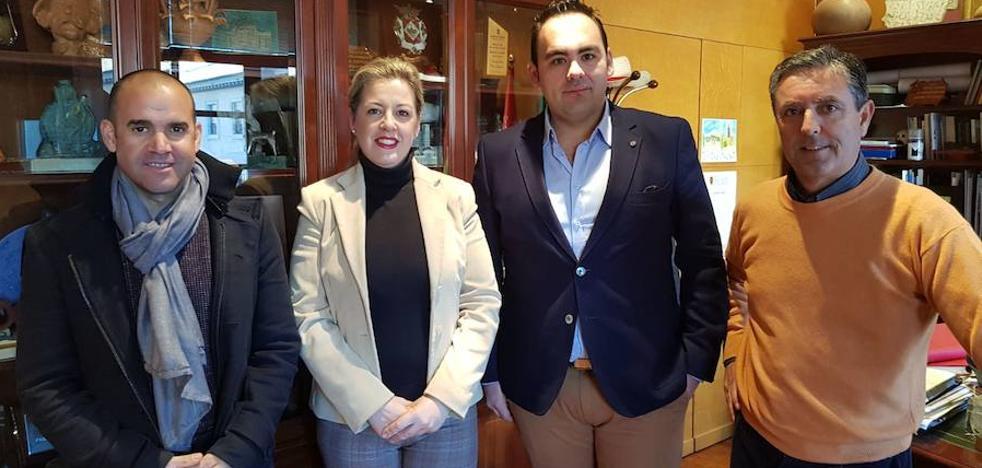 Firmados los contratos para la ejecución de las actuaciones previstas en Plaza Santa Clara y Barriada de la Fiñanica