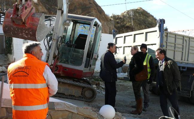 Arrancan las obras en la Barriada de la Fiñanica