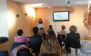 Concluye con éxito el curso sobre marketing comercial y contabilidad