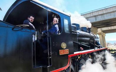 La mítica locomotora Baldwin vuelve a encenderse en Guadix