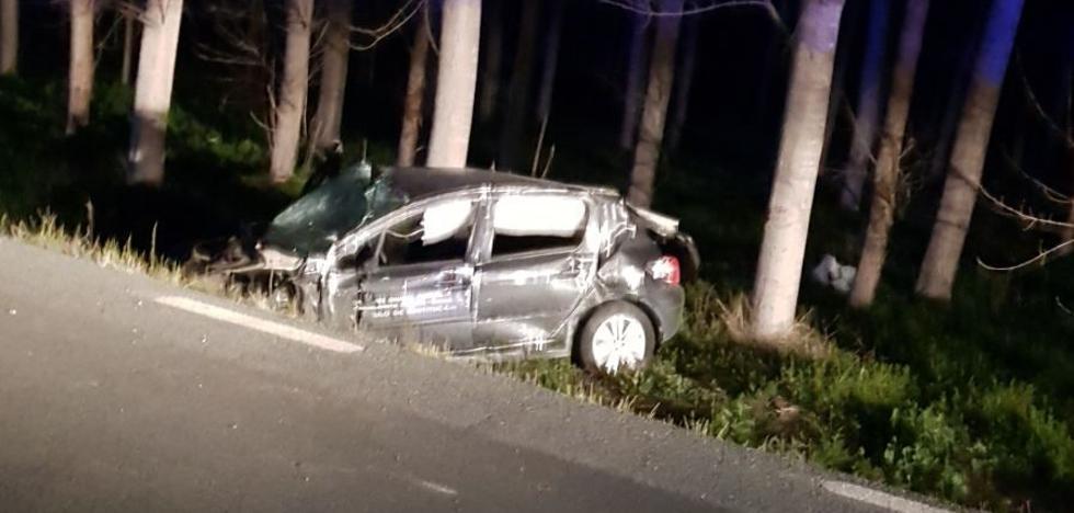 Los dos fallecidos en el accidente de tráfico de Fonelas iban a jugar al fútbol a Benalúa de Guadix