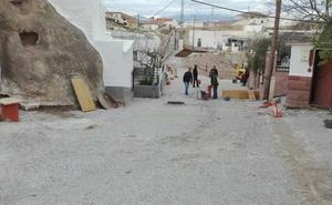 Visita a las obras en ejecución en la calle Sierra Nevada de Bácor