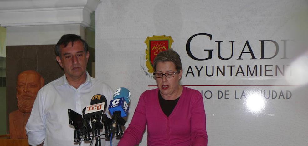 La alcaldesa pide el respaldo de los grupos en la cuestión de confianza de este miércoles para no seguir demorando los presupuestos