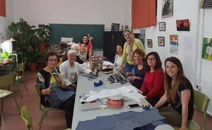 La alcaldesa de Guadix se reúne con la Asociación de Vecinos de la Estación