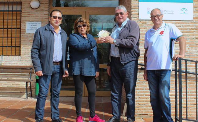 Los moteros de Huétor Vega donan 300 kilos de comida